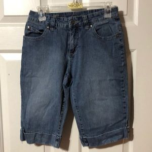 Jeans - Denim Capris